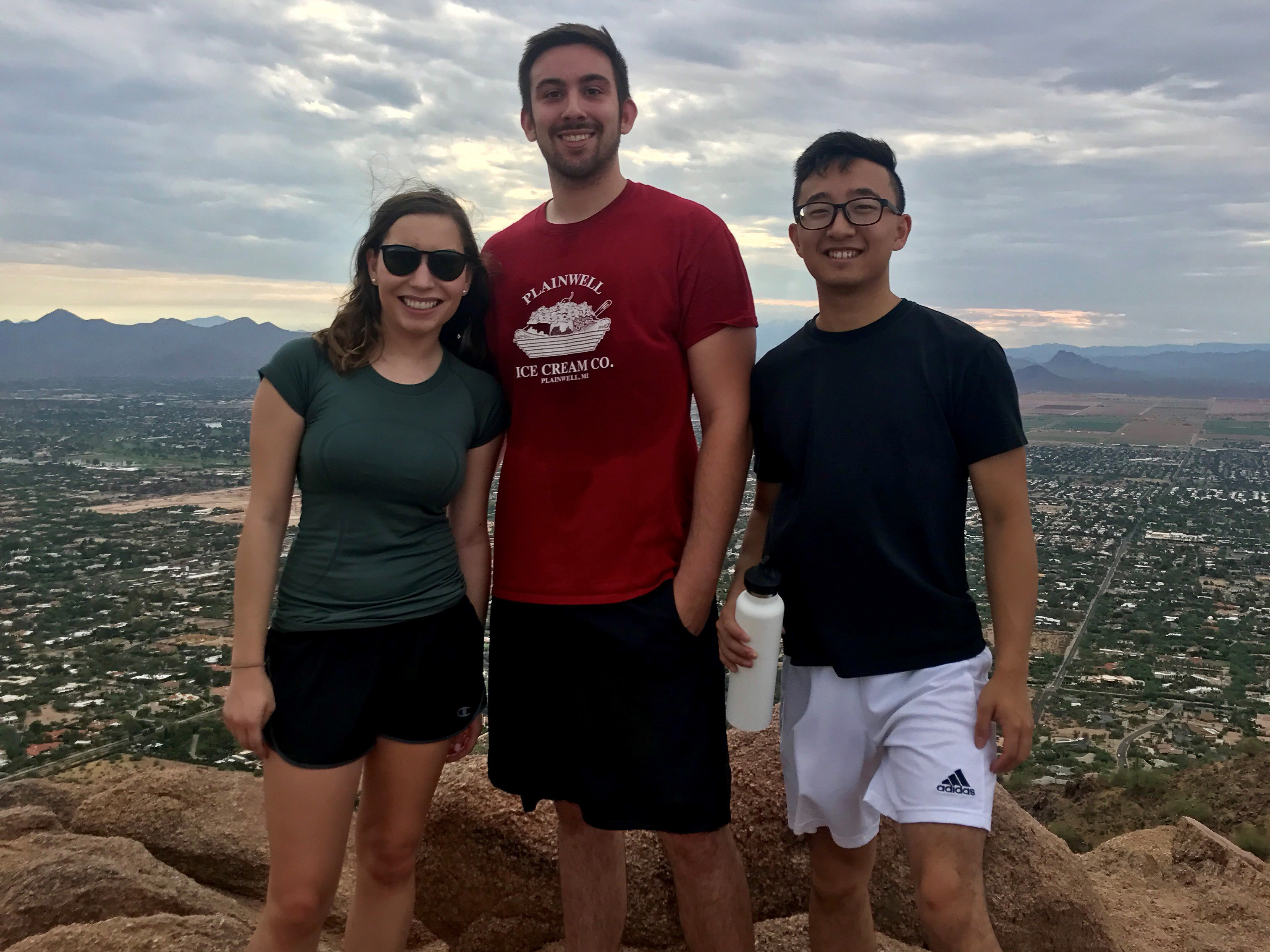 A team that hikes together, stays together! Our program participants took some time to explore Camelback Mountain in AZ.